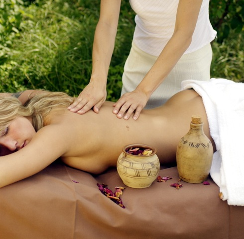 Massage (c) Foto: Heide Spa Hotel und Resort Bad Düben, Uwe Bresack