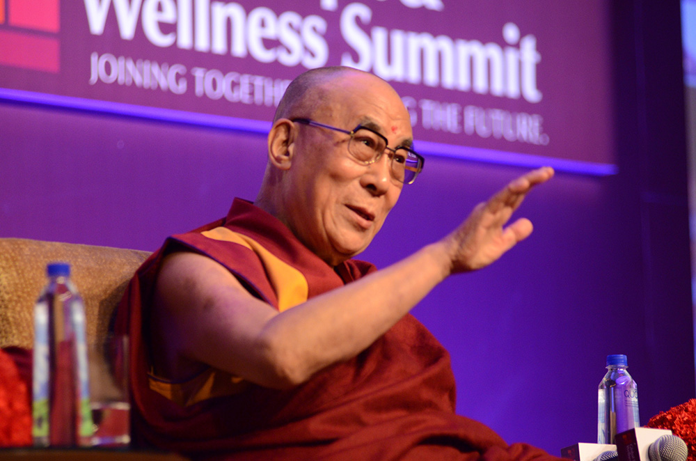 "Der Dalai Lama beim GSWS 2013: ""Wellness must include a happy mind!"" (c) Foto: GSWS"